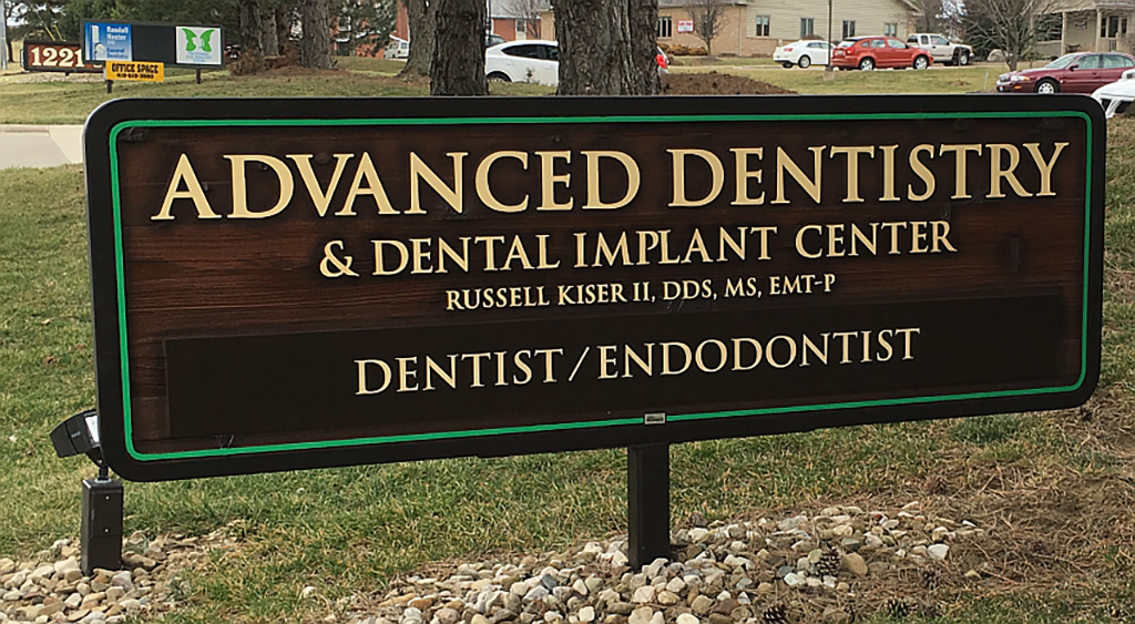 Advanced Dentistry and Dental Implant Center sign